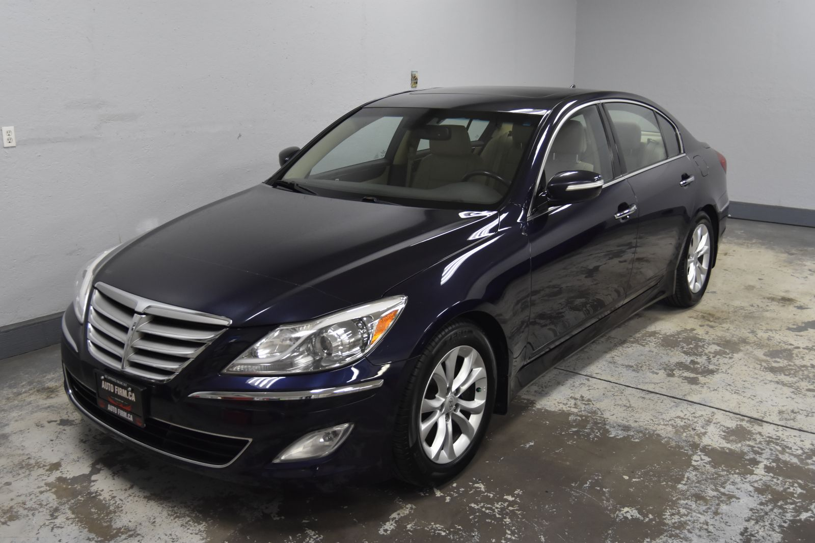 2012 Hyundai Genesis Sedan Main